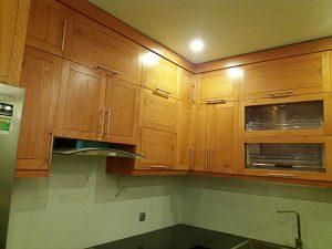 Tủ bếp gỗ sồi mỹ 001